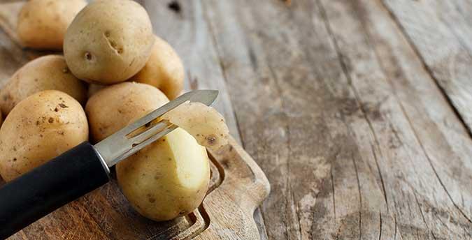 Como-pelar-una-patata